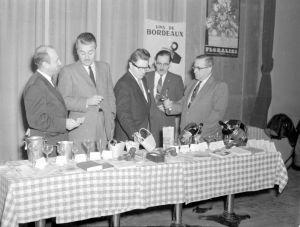 Cours d'oenologie à Montréal, 1959.